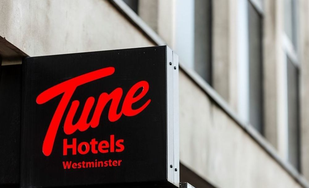 Tune Hotel Westminster London   Best Rates Guarantee   Book Now
